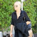 Malin Akerman out and about shopping trip in Beverly Hills, California on March 24, 2017 - 435 x 600