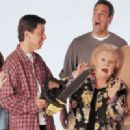 The Cast Of Everybody Loves Raymond - 300 x 200