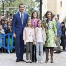 Princesa Letizia de Asturias and Felipe de Borbon : Easter Mass in Palma de Mallorca - 454 x 302