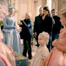 Kirsten Dunst behind the scene of Marie Antoinette - 2006