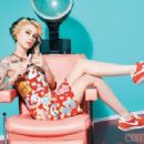 Kreayshawn - Complex Magazine Pictorial [United States] (October 2011) - 454 x 340