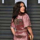 Salma Hayek – 2018 Vanity Fair Oscar Party in Hollywood - 454 x 680