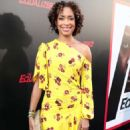 Gina Torres – 'The Equalizer 2' Premiere in Los Angeles - 454 x 681