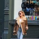 Hailey Baldwin – Out in New York City