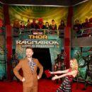 Thor: Ragnarok (2017) - 454 x 636