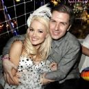 Holly Madison and Pasquale Rotella - 454 x 351
