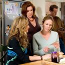 "(L-r) ALI HILLIS, ELIZABETH PERKINS and DIANE LANE in Warner Bros. Pictures' romantic comedy ""Must Love Dogs,"" also starring John Cusack."