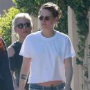 Kristen Stewart – Leaves a spa with friends in Los Angeles