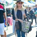 Jessica Collins – Seen at Farmer's Market in Los Angeles - 454 x 679