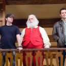"(L-r) Director DAVID DOBKIN, PAUL GIAMATTI as Nick ""Santa"" Claus and VINCE VAUGHN as Fred Claus on the set of Warner Bros. Pictures' holiday comedy ""Fred Claus,"" distributed by Warner Bros. Pictures. Photo by Jaap Buitendijk"