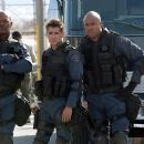 Samuel L. Jackson, Colin Farrell and James Todd Smith (aka LL Cool J) portray elite S.W.A.T. team members on a high-risk assignment.