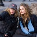 "Director KIRSTEN SHERIDAN and KERI RUSSELL as Lyla Novacek on the set of Warner Bros. Pictures' music-driven drama ""August Rush."" The film also stars Freddie Highmore, Jonathan Rhys-Meyers, Terrence Howard and Robin Williams. Photo by Ab - 454 x 302"