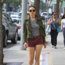 Crystal Reed Shops in Beverly Hills, CA 3/3/2016 - 454 x 643
