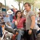 Marisa Tomei as Maggie with William H. Macy as Dudley in Wild Hogs. Photo Credit: Lorey Sebastian. © Touchstone Pictures. All Rights Reserved
