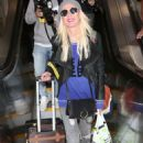 Tara Reid – Arriving at LAX Airport in Los Angeles