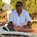 Retired Brazil legend Ronaldo Luís Nazário de Lima reveals his fuller physique as he takes a break in Ibiza - 454 x 501