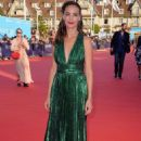 Berenice Bejo – Good time premiere – 2017 Deauville American Film Festival - 454 x 682