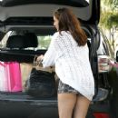 Kelly Brook - out and about in Beverly Hills - 14/03/11