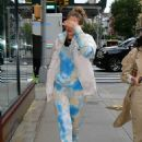Gigi Hadid – Arriving home in New York