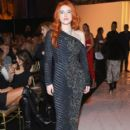 Bella Thorne attends the Sherri Hill Show during New York Fashion Week February 2019 on February 8, 2019 in New York City - 399 x 600