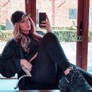 Alexandra Cane – @alexandralouise__ personal photos - 454 x 512
