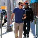 Mark Wahlberg runs errands in Beverly Hills on March 8, 2016 - 454 x 569