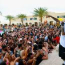 Tyga performs during DAYLIGHT Beach Club's grand opening weekend at the Mandalay Bay Resort and Casino on March 26, 2017 in Las Vegas, Nevada - 454 x 341
