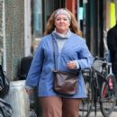 Melissa McCarthy – Filming 'The Kitchen' in NYC - 454 x 701