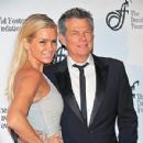 David Foster and Yolanda Hadid - 300 x 300