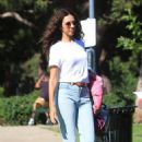 Terri Seymour in Jeans at a park in Beverly Hills - 454 x 681