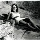 Jennifer O'Neill - 326 x 261
