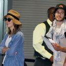 Leighton Meester and Adam Brody - 454 x 421