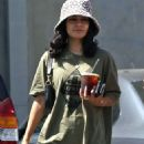 Vanessa Hudgens – Grabs ice coffee after leaving pilates class in Los Angeles