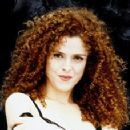 Bernadette Peters - 331 x 228