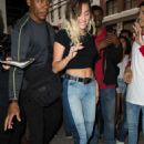 Miley Cyrusheading to dinner in New York City - 454 x 681