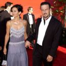 The 54th Annual Primetime Emmy Awards - Courteney Cox and David Arquette (2002) - 409 x 612