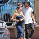 Vanessa Hudgens – Seen while feeds the parking meter in Los Angeles - 454 x 596