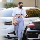 Jessie J – Out in Santa Monica - 454 x 596