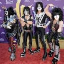 Kiss backstage at the 47th Annual Academy Of Country Music Awards held at the MGM Grand Garden Arena on April 1, 2012 in Las Vegas, Nevada - 454 x 303