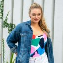 Iskra Lawrence – Photoshoot Candids In Miami