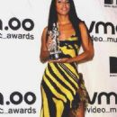 Aaliyah - 2000 MTV Video Music Awards - 454 x 736
