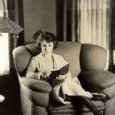 Dorothy Dalton - 454 x 591