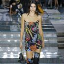 Kendall Jenner – Versace Runway Show SS 2019 at Milan Fashion Week