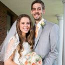 Jill and Derick Dillard Celebrate Wedding with More Than 1,000 Guests - 300 x 400