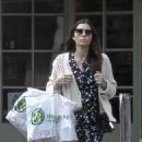 Jessica Biel – Leaves Health Mart in New Orleans - 454 x 555