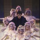 Nine Original 1982 Broadway Cast Starring Raul Julia - 454 x 686