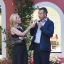 Gillian Anderson and Peter Morgan at a romantic dinner in Portofino - 454 x 494