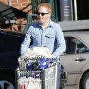 Tyler Ferguson does some solo grocery shopping at Whole Foods in West Hollywood, Calfiornia on January 5, 2015 - 454 x 565