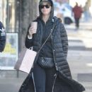 Katy Perry – Shopping on Oxford Street in Sydney