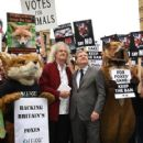 Brian May leads an anti-fox hunting rally for PETA on July 14, 2015 in London, England. - 419 x 600